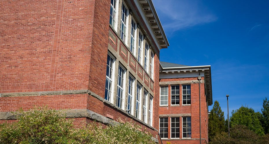 professional accreditation agency for college degree program accrediting