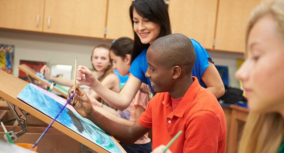 use your creative side as an art teacher all education schools